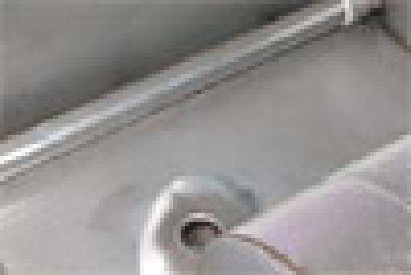 Instalatie de golire prin pompare/clatirea fundului cuvei fara/cu robinet